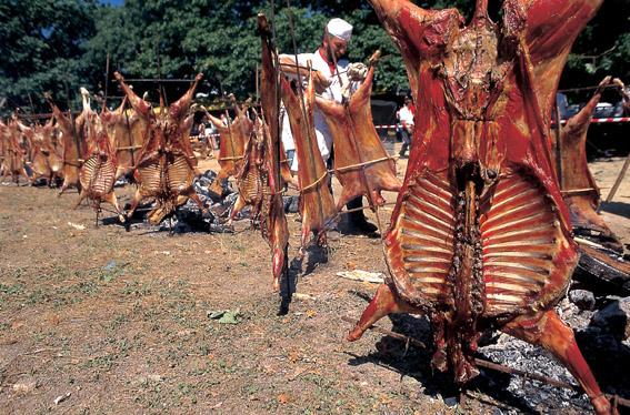 """Fiesta del """"Carneiro ó Espeto"""" Moraña (Pontevedra)"""